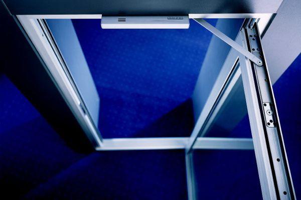 boxer 2 4 samozamykacz kryty w skrzydle drzwi bez szyny. Black Bedroom Furniture Sets. Home Design Ideas